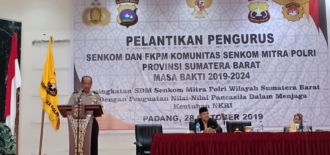 Wakapolda Sumbar Brigjen Pol. Damisnur AM., S.H., M.M, Melantik Pengurus Senkom Mitra Polri Sumatera Barat Periode 2019 – 2024